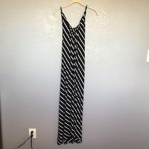 EUC Black White Stripe Open Back Maxi Dress sz L